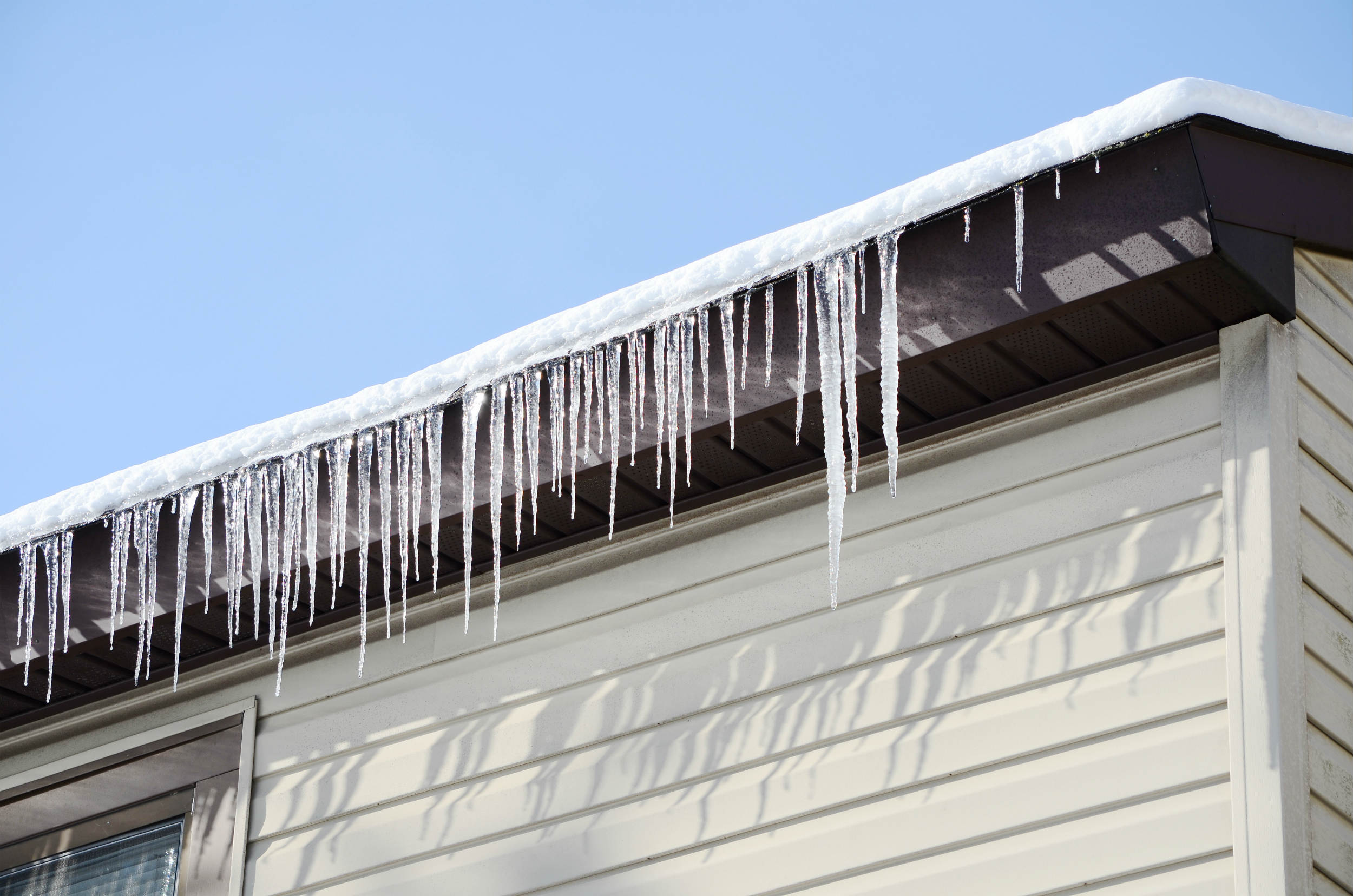Freezed Eavestrough